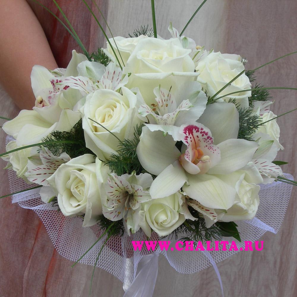 Свадебный букет из роз и орхидей