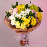 Bouquet of 15 spray chrysanthemums and ornamental greenery. Price: 44 USD