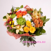 Bouquet of roses, orchids and chrysanthemums. Price: 79 USD
